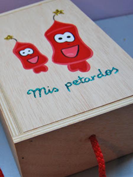 Caja de madera para los petardos
