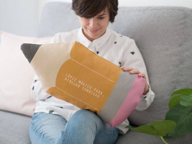 cojin-personalizado-regalo-maestra-fin-de-curso